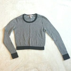 Victoria's Secret Cropped Navy and White Sweater